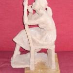 Stor statyett i terrakotta
